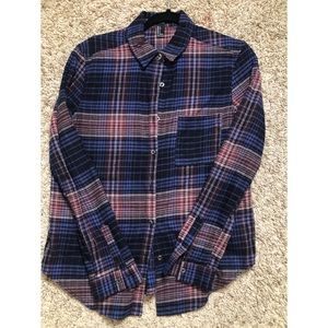 Cute and trendy Forever21 flannel.
